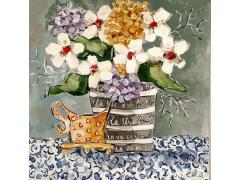 French flowerpot with white flowers